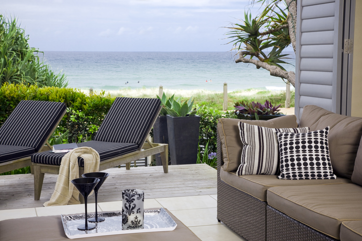 Waterfront Suite with ocean and beach view